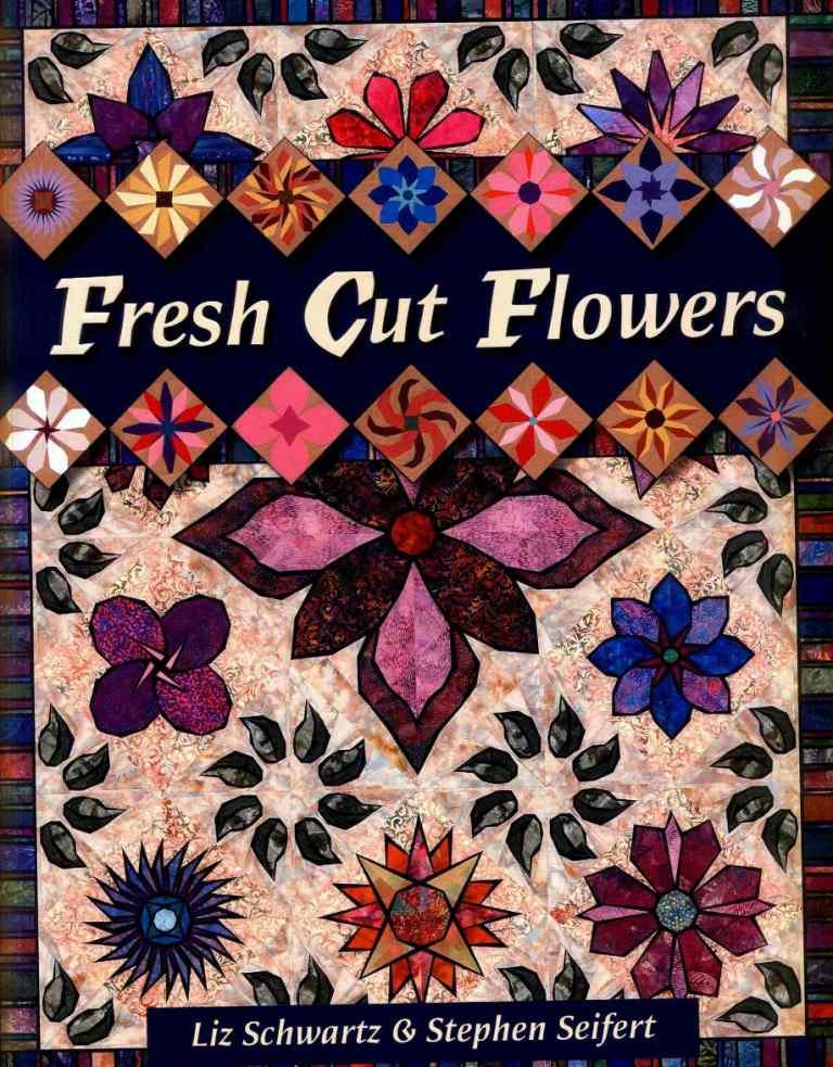одеяло, сшитое из цветочных блоков в технике пэчворк.  Фотографии и схемы.  В. книге представлено.